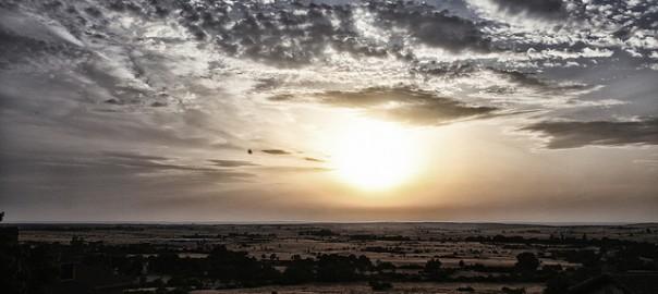 Puesta de sol en Torrecaballeros